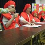デイ敬老会で喜寿・米寿・白寿を迎える利用者さんをお祝いしました