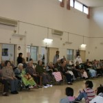 箱浦幼稚園・小学校の伝統文化教室の皆さんが大正琴と銭太鼓を披露